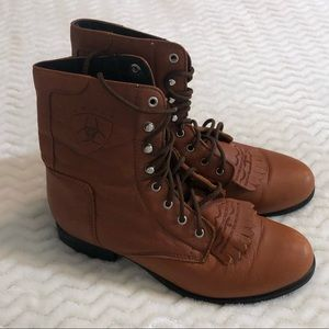 Ariat Heritage Roper lace up boots
